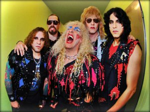 Twisted-Sister-twisted-sister-30567505-800-600